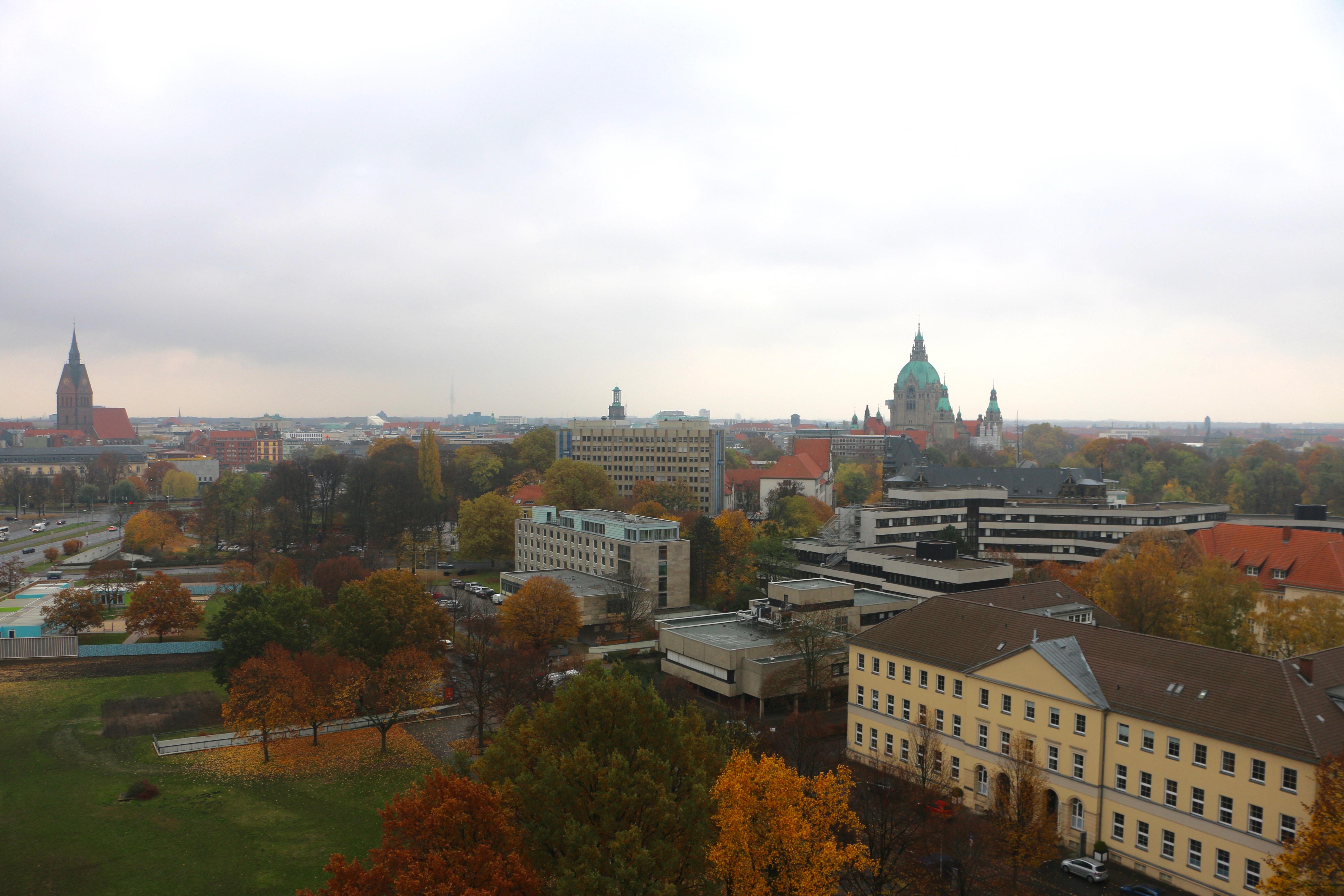 Über den Dächern von Hannover – Führung auf die Waterloosäule